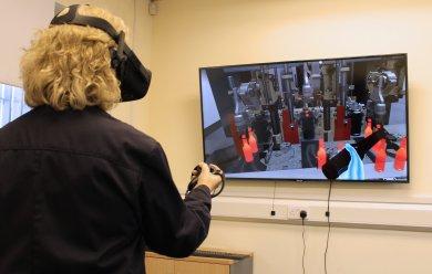 Virtual Reality Software Revolutionises IS Machine Training